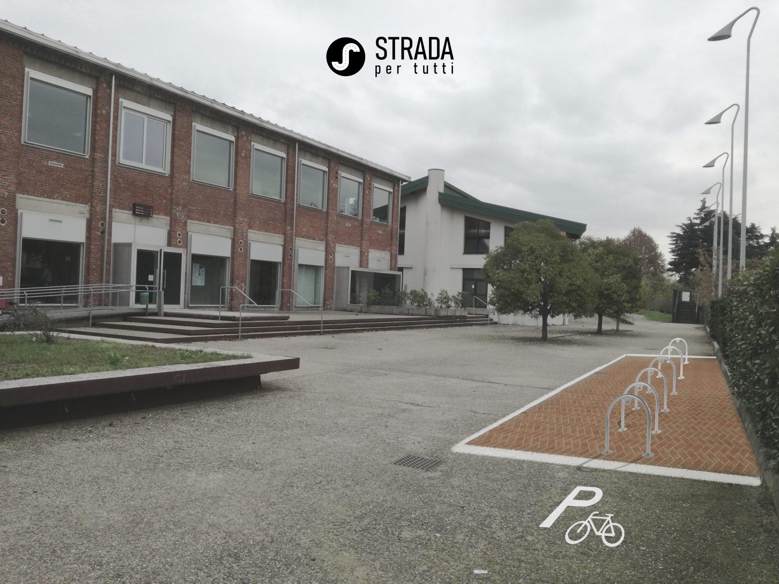 Parcheggio Biciclette (3/5)